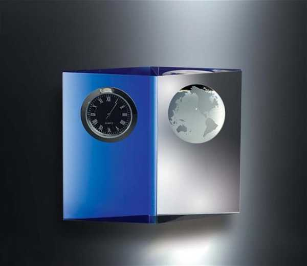Engrave Blue and Clear Crystal World Clock