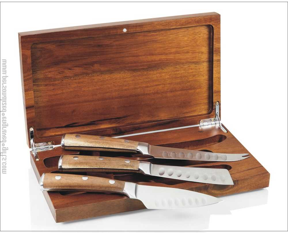 Engraved Cheese Knife Gift Set Tridente