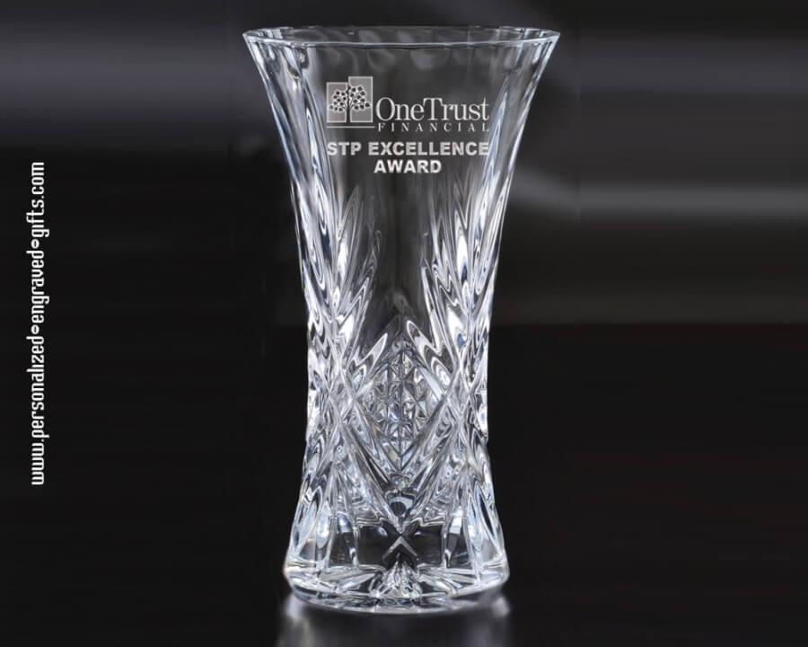 Sophisticated Pineapple Cut Glass Vase Designed For Custom Engraving