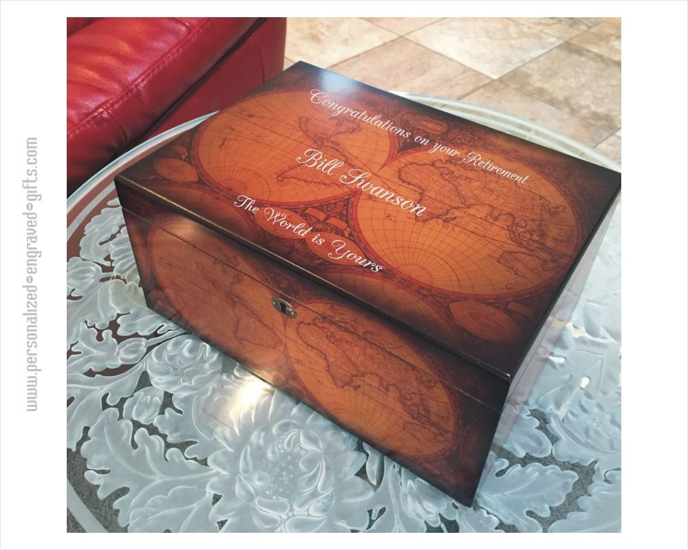 Personalized Humidor with World Map Motif