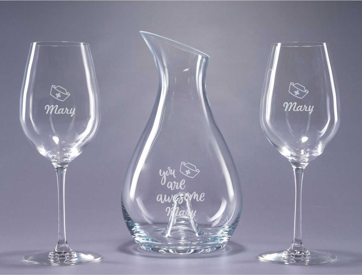 Engraved Wine Decanter Gift Set 2 – Wine Glasses