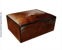 Engraved Walnut Burl Wood Humidor - Quarto