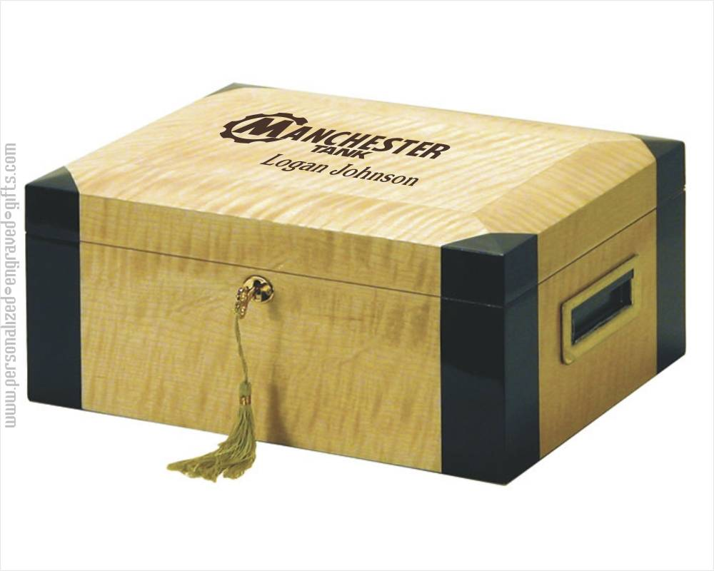Personalized High Gloss Light Wood Humidor - Clarke