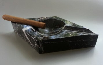 Engraved Diamond Marble Cigar Ashtray - Black - Your Text