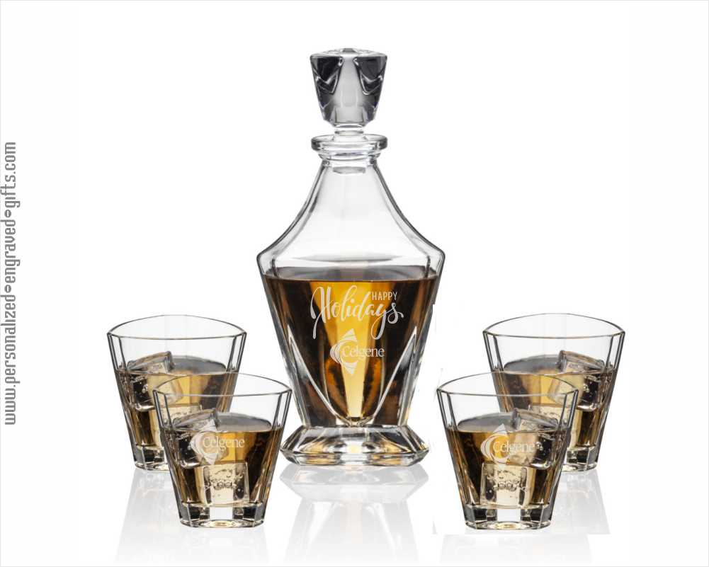 Engraved Triangle Decanter with 4 Glass Set Spatial